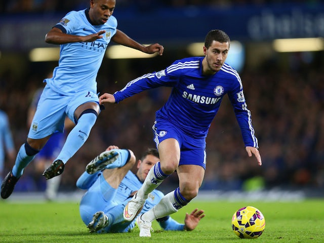 Eden Hazard of Chelsea breaks with the ball during the Barclays Premier League match between Chelsea and Manchester City at Stamford Bridge on January 31, 2015