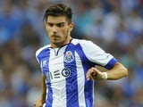Porto's midfielder Ruben Neves controls the ball during the Portuguese league football match FC Porto vs Maritimo at the Dragao Stadium in Porto on August 15, 2014