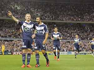 Victory coast to win in Melbourne derby