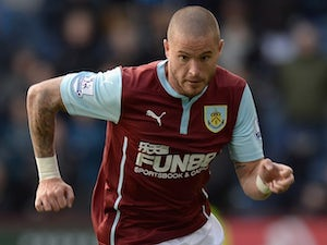 Southend United sign Michael Kightly