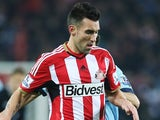 Anthony Reveillere for Sunderland on December 3, 2014