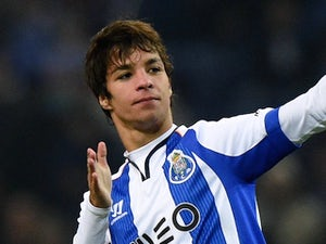 Oliver Torres for Porto on January 15, 2015