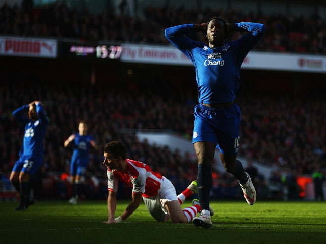 Romelu Lukaku of Everton reacts after a missed chance during the Barclays Premier League match between Arsenal and Everton at Emirates Stadium on March 1, 2015