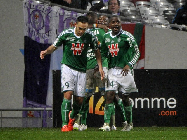 Saint-Etienne's Ivorian forward Max-Alain Gradel celebrates after scoring a goal during the French L1 football match Toulouse vs Saint Etienne on February 28, 2015