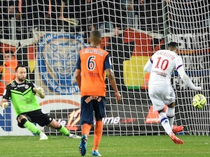 Lyon climb back to Ligue 1 summit with win