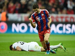 Team News: Lewandowski leads Bayern line at Bremen