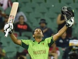 Pakistan batsman Sarfraz Ahmed celebrates his century during the 2015 Cricket World Cup Pool B match between Pakistan and Ireland at the Adelaide Oval on March 15, 2015