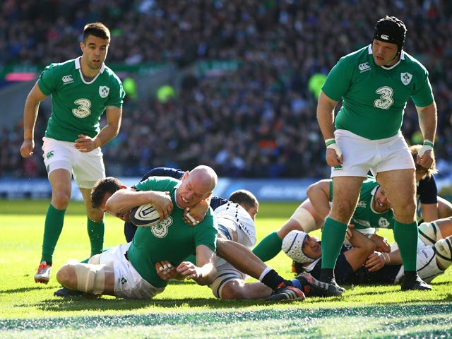 Paul O'Connell of Ireland scores the first try during the RBS Six Nations match between Scotland and Ireland at Murrayfield on March 21, 2015