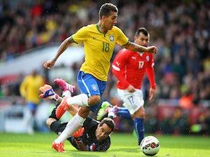 Neymar-less Brazil move into quarters