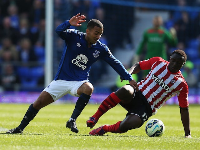 Aaron Lennon of Everton is challenged by Victor Wanyama of Southampton during the Barclays Premier League match between Everton and Southampton at Goodison Park on April 4, 2015