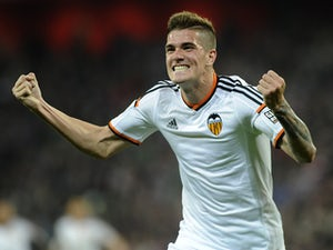 Valencia youngster joins Racing on loan