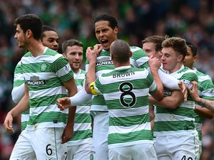 Celtic hold on to beat Dundee