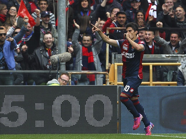 Diego Perotti of Genoa CFC celebrates his goal during the Serie A match between Genoa CFC and AC Cesena at Stadio Luigi Ferraris on April 26, 2015