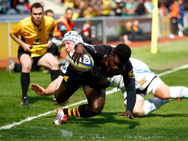 Christian Wade of Wasps dives over for a try during the Aviva Premiership match between Wasps and Exeter Chiefs at the Ricoh Arena on April 26, 2015