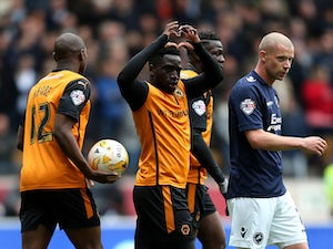 Wolves win but miss out on playoff spot