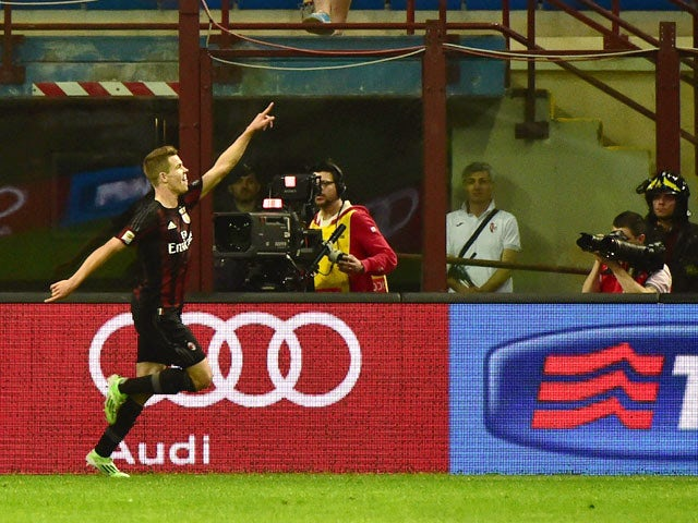 Result: Milan hold on to beat Roma