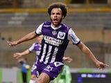 Toulouse's Danish forward Martin Braithwaite celebrates after scoring a goal during the French L1 football match between Toulouse and Lille on May 9, 2015