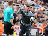 Angry Newcastle boss John Carver on May 9, 2015