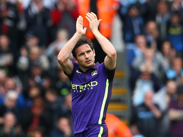 Frank Lampard of Manchester City applauds the fans as he is substituted in the second half during the Barclays Premier League match between Swansea and Manchester City at the Liberty Stadium on May 17, 2015