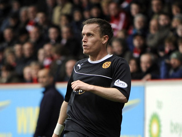 Steven Hammell of Motherwell FC in action during the Scottish Premier League match between Aberdeen FC and Motherwell FC at Pittodrie Stadium on May 11, 2014