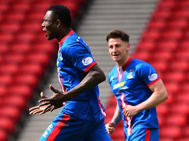 Edward Ofere of Inverness Caledonian Thistle celebrates scoring a goal in the first period of extra time during the William Hill Scottish Cup Semi Final match between Inverness Caledonian Thistle and Celtic at Hamden Park on April 19, 2015