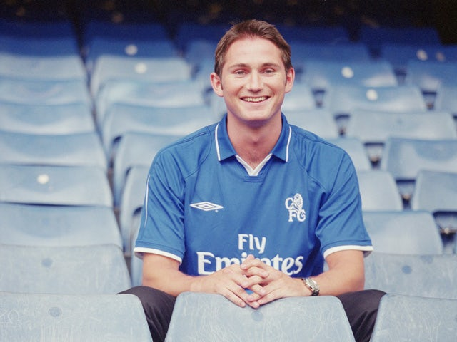 Frank Lampard of Chelsea poses for the cameras in his new surroundings during the press conference to announce his transfer to Chelsea held at Stamford Bridge on June 14, 2001