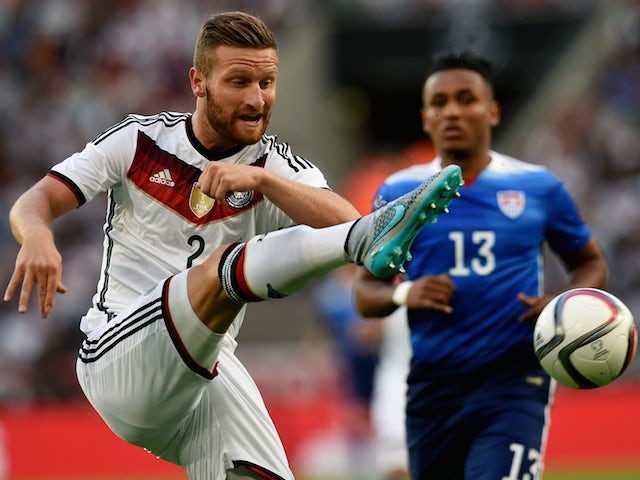 US midfielder Juan Agudelo and Germany's midfielder Skodran Mustafi (L) vie for the ball during the International friendly football match between Germany and the USA in Cologne, western Germany on June10, 2015