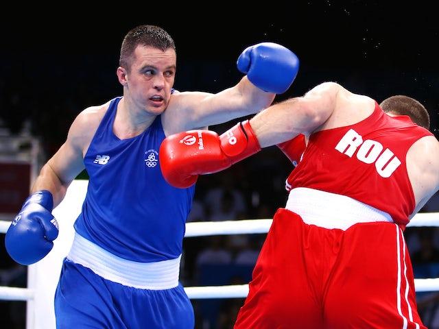 Ireland's O'Neill eases into last 16