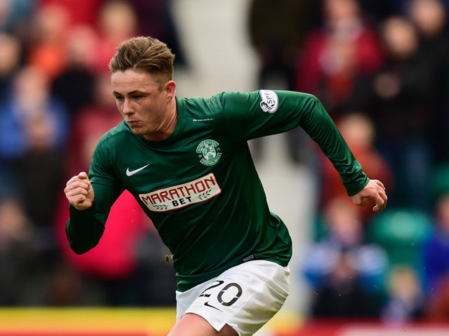 Scott Allan of Hibs in action during the Scottish Championship match between Hibernian and Rangers at Easter Road on March 22, 2015