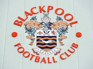 Blackpool loan goalkeeper Dean Lyness