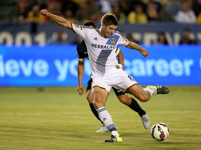 Steven Gerrard #8 of the Los Angeles Galaxy takes a shot on goal against Club America in the International Champions Cup 2015 at StubHub Center on July 11, 2015