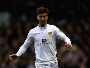 Luke Murphy pens new Leeds United deal