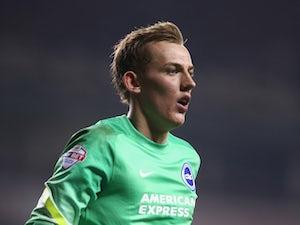 Plymouth complete Christian Walton loan deal