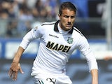Matteo Brighi of US Sassuolo Calcio in action during the Serie A match between Atalanta BC and US Sassuolo Calcio at Stadio Atleti Azzurri d'Italia on April 12, 2015
