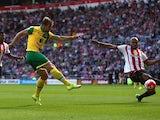 Steven Whittaker scores Norwich's second against Sunderland on August 15, 2015