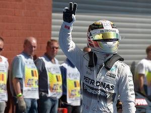 "Coulthard hails ""flawless"" Hamilton"