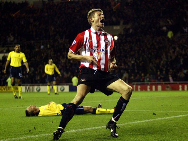 Tore Andre Flo of Sunderland celebrates after scoring a goal during the FA Barclaycard Premiership match between Sunderland and Tottenham Hotspur on November 10, 2002