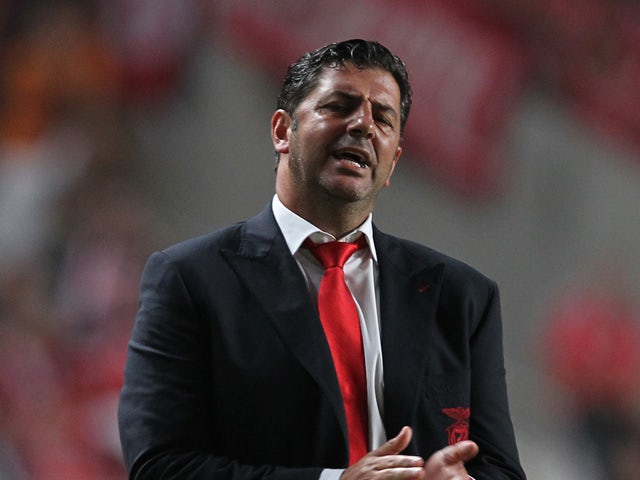 Benfica's coach Rui Vitoria during the match between SL Benfica and Estoril Praia at Estadio da Luz on August 16, 2015