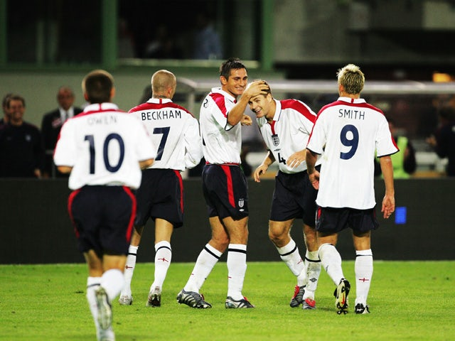 Steven Gerrard, Frank Lampard and David Beckham of England celebrate scoring during the 2006 FIFA World Cup Qualifying game between Austria and England at the Ernst Happel-Stadium on September 4, 2004