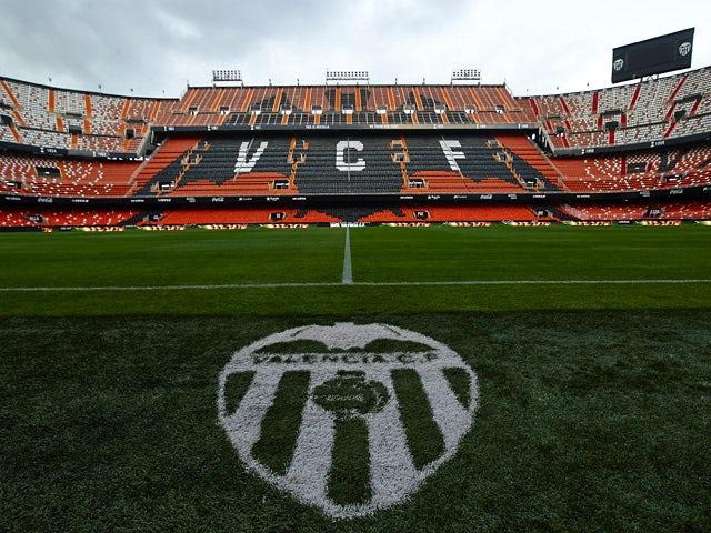 Result: Unbeaten Valencia thrash Sevilla