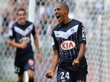 Bordeaux's French-born Tunisian midfielder Wahbi Khazri celebrates after scoring a goal during the French Ligue 1 football match between Bordeaux (FCGB) and Nantes on August 30, 2015