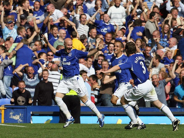 Everton's Andy Johnson celebrates scoring his first goal during their English Premiership football match against Liverpool at Goodison Park, Liverpool, 09 September 2006. AFP PHOTO / PAUL ELLIS