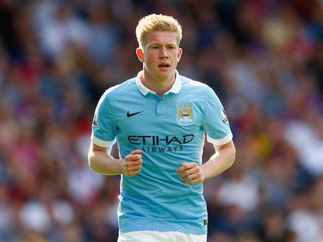 Kevin de Bruyne comes on for his Manchester City debut against Crystal Palace on September 12, 2015