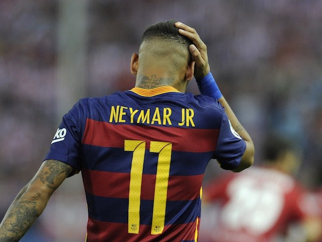Barcelona's Neymar reacts to a missed chance during the game with Atletico Madrid on September 12, 2015