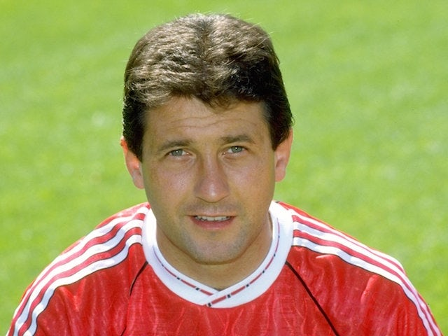 1990/91: Portrait of Ralph Milne of Manchester United.