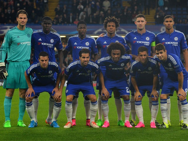 Chelsea's Bosnian goalkeeper Asmir Begovic (L) stands with his team mates as they pose for a picture ahead of the UEFA Champions League, group G, football match between Chelsea and Maccabi Tel Aviv at Stamford Bridge in London on September 16, 2015