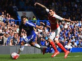 Eden Hazard and Hector Bellerin in action during the game between Chelsea and Arsenal on September 19, 2015