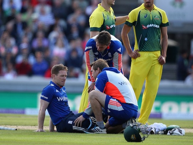 Eoin Morgan receives treatment during the 5th ODI between England and Australia on September 13, 2015
