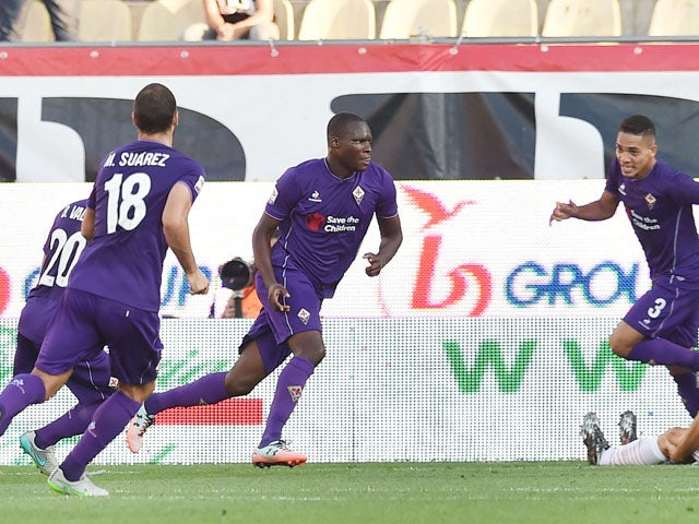 Khouma Babacar (C) of Fiorentina celebrates after scoring the opening goal during the Serie A match between Carpi FC and ACF Fiorentina at Alberto Braglia Stadium on September 20, 2015