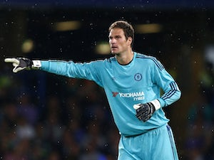 Asmir Begovic of Chelsea gives instructions during the Pre Season Friendly match between Chelsea and Fiorentina at Stamford Bridge on August 5, 2015